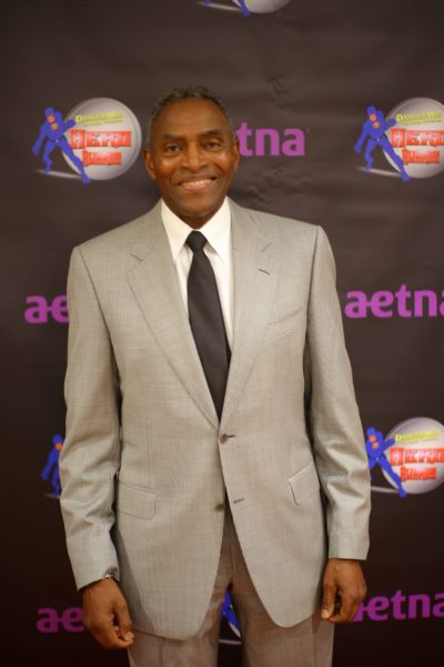 Carl Lumbly- red carpet